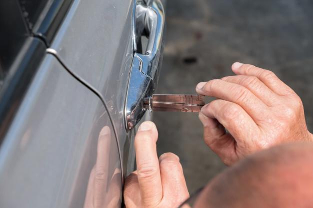 Oto Kilit Ustası Araba Kapısı açılmıyor